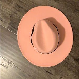 Pink wife brim hat